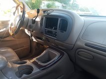 1999 Lincoln navigator 3rd Row Seats 4x4 tv's in head rest in Morris, Illinois