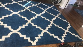 Rug 8x10 in Glendale Heights, Illinois