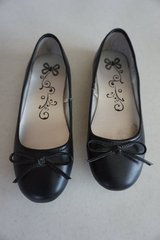 Girls Children's Place Black Shoes Size 3 in Naperville, Illinois