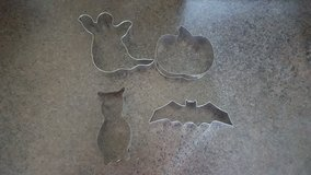 Halloween Fall Cookie Cutters in St. Charles, Illinois
