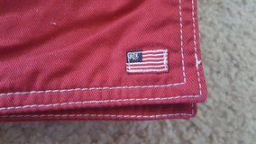 Ralph Lauren Set of 8 Red Flag Cotton Platemats in St. Charles, Illinois