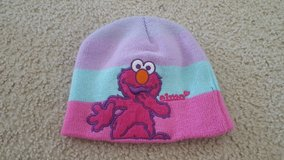 Elmo Winter Girls Hat in Bartlett, Illinois