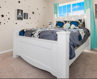 White Queen Poster bed in Fort Lewis, Washington
