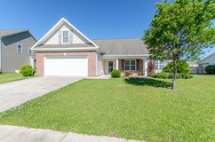 3Bd/2Bth W/Screened Porch In Sterling Farms!  107 Moonstone Ct. in Camp Lejeune, North Carolina