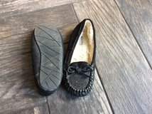 Girls size 2 moccasins in Chicago, Illinois