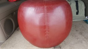 """Faux Leather Foot Stool 24"""" Round in The Woodlands, Texas"""