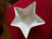 "Pottery Barn 14"" star bowl in Naperville, Illinois"