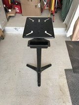 Cast Iron Pedestal Stand (like new) in Okinawa, Japan