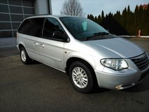 CHRYSLER Voyager VAN SILVER LEATHER Euro 4 AUTOMATIC Electric sliding doors in Ramstein, Germany