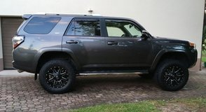 2014 Toyota 4Runner 4x4 with Lift & Offroad Tires in Ramstein, Germany