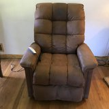 Power Lift Chair / Recliner in Belleville, Illinois