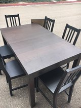 Dining table & chairs in Oceanside, California