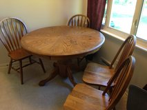 Round Oak Table With 4 Chairs in Naperville, Illinois
