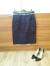dark blue pencil skirt in Baumholder, GE