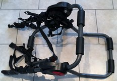 TRUNK OR HATCHBACK  MOUNT 2-BICYCLE CARRIER RACK in Lakenheath, UK