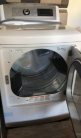 LG Electric Dryer (Like new) in Chicago, Illinois
