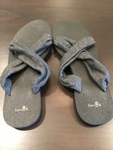Women's Sanuk Flip Flops- Size 10. Never worn in Naperville, Illinois