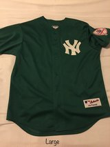 NY Yankees Jersey (St. Patricks Day) in Wiesbaden, GE