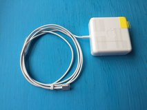 Apple MagSafe 2 Charger for Macbook Pro w/Retina in Clarksville, Tennessee