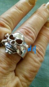RINGS , SIZES 6-11STAINLESS STEEL in Baytown, Texas