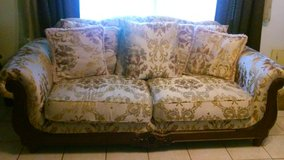 Used Sofas in Kingwood, Texas