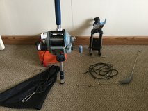 Deep drop rod with electric reel, rod holder and battery in Arlington, Texas