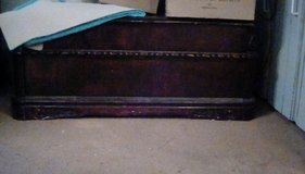 Coffee table with 2 end tables in Baytown, Texas