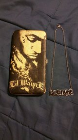 Lil Wayne wallet and necklace in Elizabethtown, Kentucky