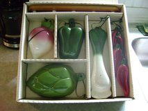 Avon collectible ceramic measuring cup & spoon set. in Fort Polk, Louisiana