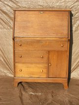 Antique Oak Slant Top Writing Desk Secretary Bureau Shabby Chic in Lockport, Illinois