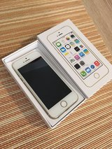 Unlocked - iPhone 5s - 16gb - gold - perfect condition! in Ramstein, Germany