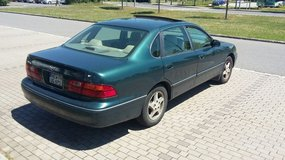 1999 Toyota Avalon-Perfect Cheap, Reliable Car in Grafenwoehr, GE