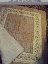 Vintage Beautiful crib quilt/bed spread in Travis AFB, California