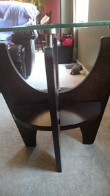 Coffee and end table set in Glendale Heights, Illinois