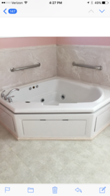 Corner tub with jets in Fairfield, California