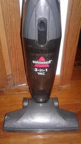 Bissell  3 in 1 vacuum in Alamogordo, New Mexico