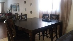 Dining table for 6 in Barstow, California