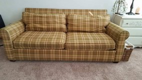Rowe sofa in Chicago, Illinois