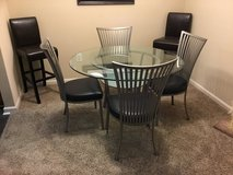 Glass Round Dining Table & Chairs in Charleston, South Carolina