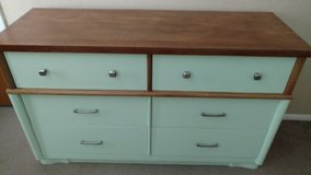 two tone dresser in Lawton, Oklahoma