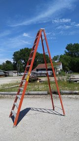 12 Ladder in Ottawa, Illinois
