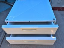 """BOSCH Washer and Dryer Laundry PEDESTALS with Storage DRAWER 8"""" in Camp Pendleton, California"""