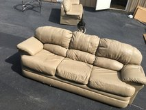 COUCH , LOVESEAT & CHAIR in Warner Robins, Georgia
