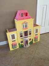 Doll House in Oswego, Illinois
