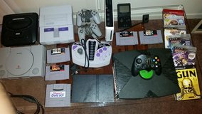 ULTRA GAME LOT Nintendo Playstation Xbox etc in Cherry Point, North Carolina