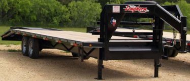 2014 lightly used 27' gooseneck dovetail trailer in Kingwood, Texas