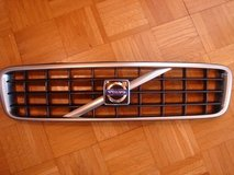 Front Grille (Chrome/Satin) for Volvo XC90 in Ramstein, Germany