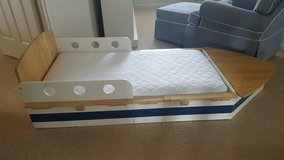 KidKraft Toddler Boat Bed in St. Charles, Illinois