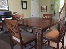 High table and 4 chairs in Fort Knox, Kentucky
