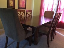 Dining room table and 6 chairs in Fort Knox, Kentucky